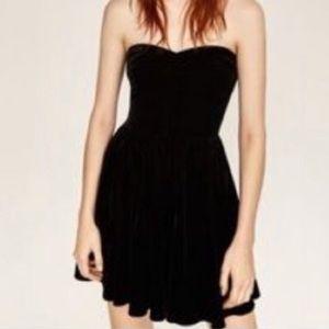 Zara velvet strapless dress
